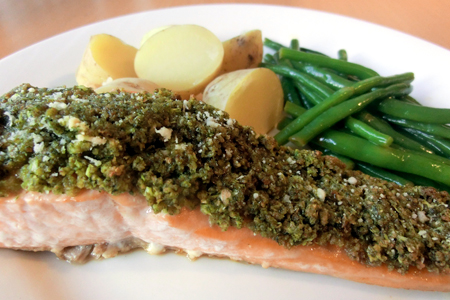 Herb Crusted Salmon with Green Beans in Lemon Butt