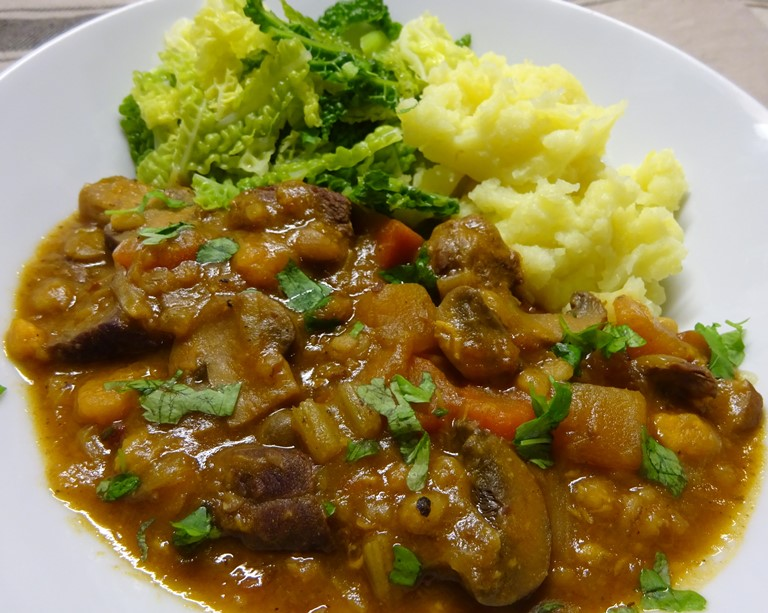 Slow Cooked Beef, Barley and Vegetable Casserole
