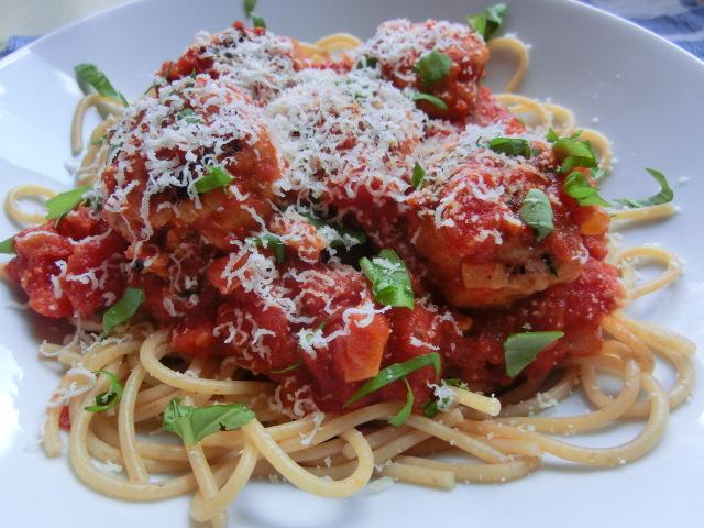 Turkey meatballs with wholewheat spaghetti