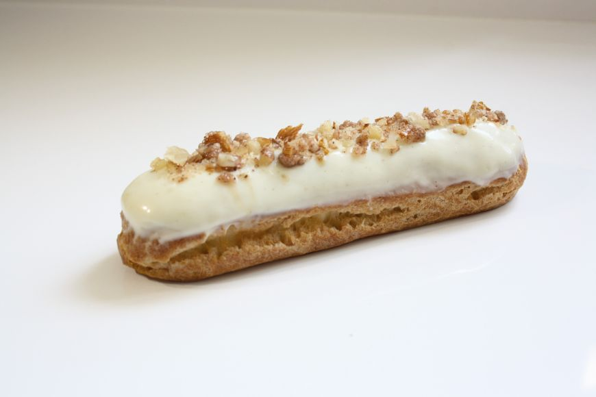 Recipe: White Chocolate Almond Eclair