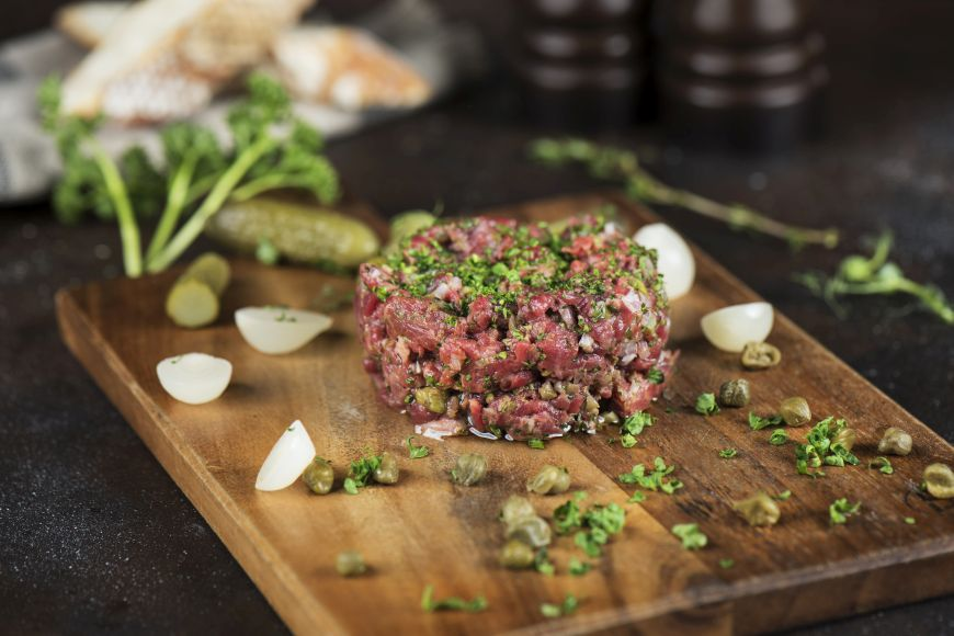Beef Bistro Brings the Parisian Flair to Le Méridien Dubai Village