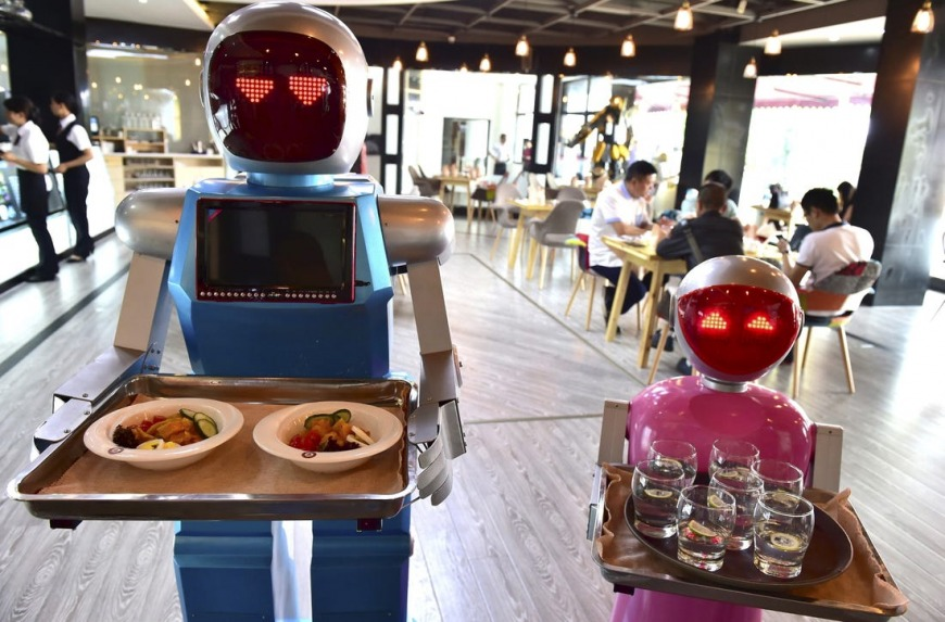 Robot restaurants in China