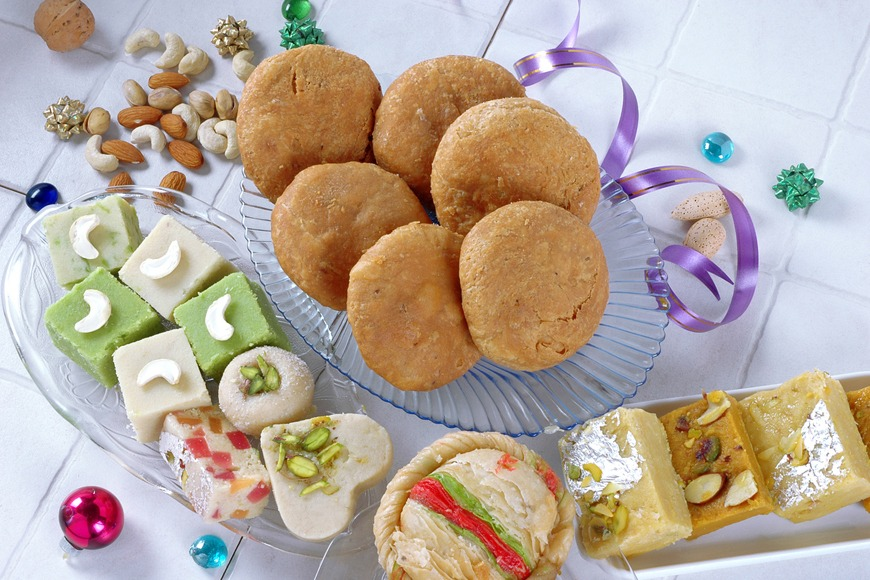 Simple Eid Ul Adha Eid Al-Fitr Food - Sweets  Graphic_631737 .jpg?itok\u003dhDDpYS7y