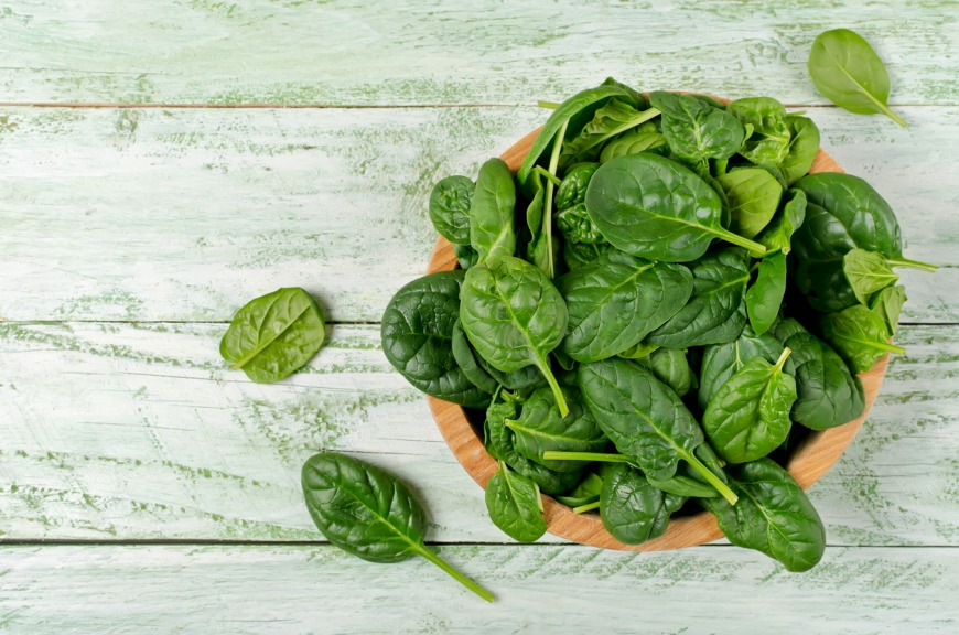 Salad greens hydrating foods