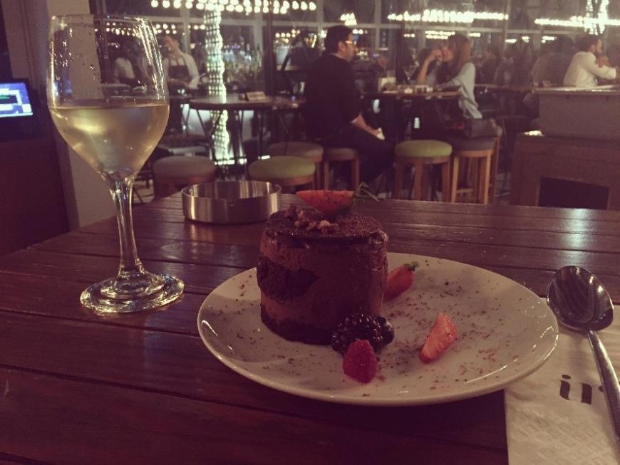 Iris Dubai review - dinner with a view 3