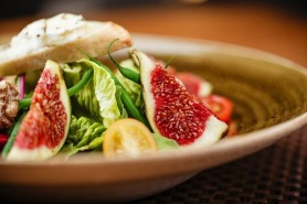 Goat Cheese and Fig Salad