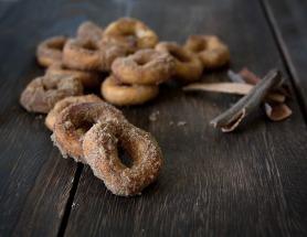 Yeast-free Apple Doughnuts