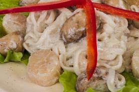 Scallop and Mushroom Pasta