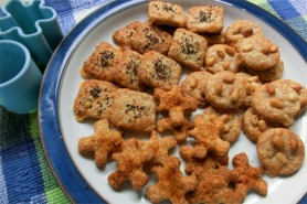 Wholemeal cheesy biscuits