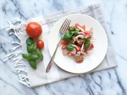 Panzanella (Tuscan Bread and Tomato salad)