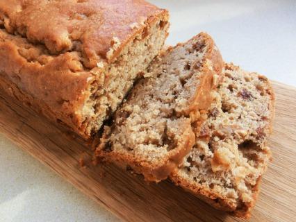 Apple and Sultana Tea Bread