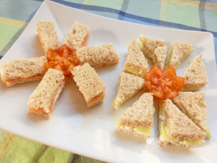 Smoked Salmon and Cream Cheese Finger Sandwiches