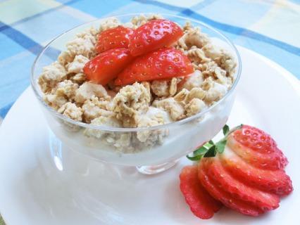 Strawberry and Yoghurt Crunch